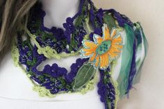 Boho Green, Green And Purple, Velvet Glove, Flower Hair Band, Ethnic Hairstyles, Wedding List, Yellow Sunflower, Hippie Boho, Gifts For Women