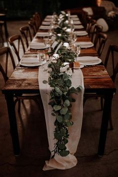 GREENERY RUNNERS 20 Stunning Tablescape Ideas for a Boho Wedding purewow flowers decor wedding weddingdecor weddinginspiration weddingtablescapes bohoweddings bohobrides weddingdecorations weddingtables weddinggreenery springwedding Table Decoration Wedding, Wedding Flower Decorations, Flowers Decoration, Rustic Wedding Table Decorations, Reception Decorations, Decorations For Weddings, Reception Ideas, Long Table Reception, Simple Wedding Table Decorations