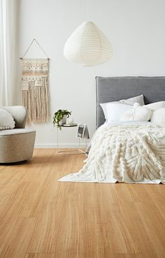 Best Ideas For Wooden Bedroom Floor Design With Rustic Style - Bedroom Best Home Design Bedroom Wooden Floor, Living Room Wood Floor, Modern Bedroom Furniture, Bedroom Flooring, Living Room Decor, Bedroom Decor, Bedroom Ideas, House Furniture, Wood Furniture