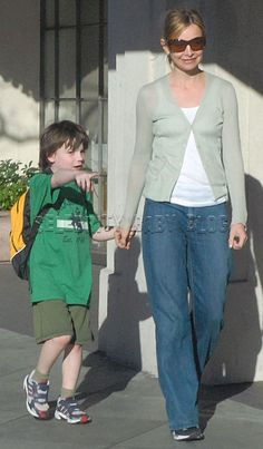 Calista Flockhart picks Liam up from the Berlitz Language Center