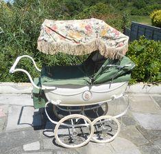 Vintage Dolls Pram Silver Cross - complete with Pram Bag, Sun Shade etc. Vintage Pram, Vintage Dolls, Pram Stroller, Baby Strollers, Prams And Pushchairs, Dolls Prams, Baby Prams, Sun Shade, Shades