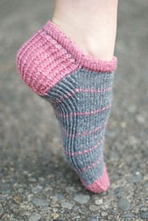 These socks are ideal for summer sports – they are smooth on the top, and have a twisted rib sole and heel for extra support where you need it. Plus a cute picot cuff to show off in your shoes.