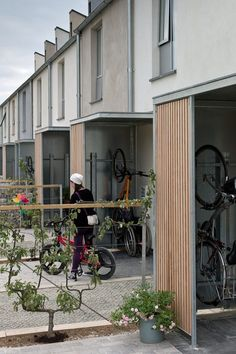 Social Housing Architecture, Co Housing, Residential Architecture, Detail Architecture, Brick Architecture, Habitat Collectif, Sp City, Townhouse Designs, Small Modern Home