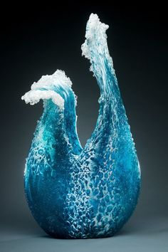 "asylum-art: ""Glass Vases and Sculptures Capture the Beauty of Cascading Waves By Marsha Blaker and Paul DeSomma "" Frozen Waves, Cristal Art, Vases, Colossal Art, Crashing Waves, Ocean Waves, Opus, Oeuvre D'art, Fused Glass"