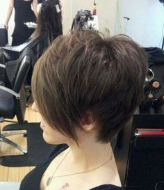 Lovely Asymmetric Bob Cut with Messy Top