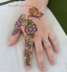 Stained - henna artist in Tampa Florida for bridal mehndi , henna tattoo , and henna design ebooks for the henna community. Henna Body Art, Henna Art, Body Art Tattoos, New Tattoos, Henna Tattoos, Flower Henna, Flower Tattoos, Henna Designs Easy, Mehndi Designs