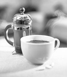 適度に摂れば筋肉づくりに役立つ! カフェインドリンクのまとめ
