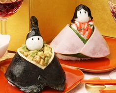 Another version of Doll Festival sushi rice balls (has instructions in Japanese)