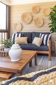 Outdoor Living Furniture, Diy Furniture Couch, Furniture Ideas, Screened In Porch Furniture, Pallet Furniture, Antique Furniture, Outdoor Living Rooms, Coaster Furniture, Accent Furniture