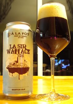 La Sir Wallace - Microbrasserie À La Fût via craftbeerquebec.ca #bièreduquébec #bière #microbrasserie #craftbeer #drinkcraft #scotchale #alafut #boirelocal #craftbeerqc #beer #beerreview