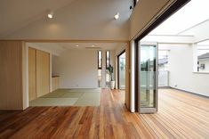 和室・リビング・バルコニー一体空間 Japanese Home Decor, Japanese House, Style At Home, Tatami Room, Unique House Design, House Layouts, Architect Design, Inspired Homes, House Rooms