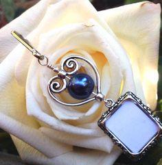 Wedding bouquet photo charm. Something blue handmade by SmilingBlueDog