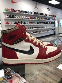 new style 0a7a5 797a5 1985 ORIGINAL OG NIKE AIR JORDAN 1 CHICAGO BRED ROYAL BLACK TOE BANNED  Black Gums,