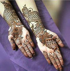Mehndi is something that every girl want. Arabic mehndi design is another beautiful mehndi design. We will show Arabic Mehndi Designs. Henna Hand Designs, Mehandi Designs, Mehndi Designs Finger, Latest Arabic Mehndi Designs, Modern Mehndi Designs, Bridal Henna Designs, Mehndi Designs For Fingers, Mehndi Design Pictures, Mehndi Images