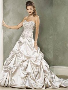 2012 luxuriöse Brautkleider aus Satin mit geschichteter Rüschen für Hochzeit in Kirche