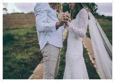 Daughter of Simone 2015 Bridal Collection: The Mad ones. Perfekt für eine Boho Braut - Mehr Boho Brautkleider findest du auf www.createyourday.ch