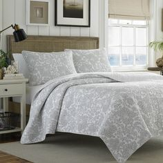 Tommy Bahama Island Memory Gray 3-piece Quilt Set - Overstock Shopping - Great Deals on Tommy Bahama Quilts