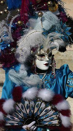 masquerade-carnival-of-venice-0035.jpg 540×968 pixels