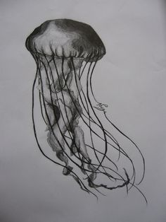 a_jellyfish_by_wateryash-d4p2gae.jpg (774×1032)