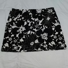 J Crew Mini Navy blue and white perfect staple for summer. Perfect condition J. Crew Skirts Mini