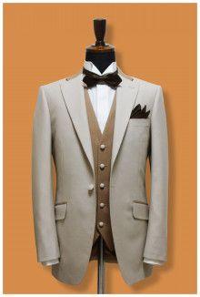 【挙式用タキシード】ナチュラルブラウンで落ち着いた装いに|結婚式の新郎タキシード|新郎衣装はメンズブライダルへ-2ページ目