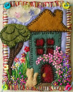 Wool Applique Quilts, Wool Embroidery, Hand Embroidery Stitches, Felt Applique, Fabric Journals, House Quilts, Artist Trading Cards, Felt Art, Creative Crafts