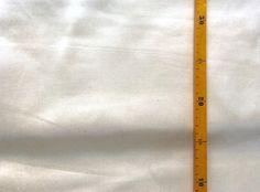 Bio-Stoffe - Stoffrarität! 1,3 Meter creme Seide-Bio-BW-Stoff - ein Designerstück von knopfelfe bei DaWanda