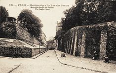 rue des Saules autrefois bordée de saules - Paris 18e