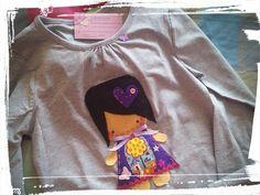 Camiseta muñeca.