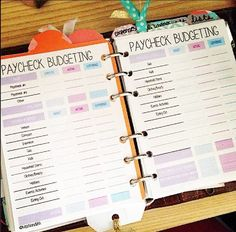 Family Vacation Budget Worksheet A free printable budget planner with budget binder is the prefect tool for tracking your expenses as well managing your monthly bills. Financial Peace, Financial Tips, Financial Planning, Financial Literacy, Plan Budgétaire, How To Plan, Budgeting Finances, Budgeting Tips, Monthly Expenses