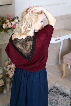 Moher Pullover with Lace | Мохеровый нарядный пуловер с кружевом шантильи и пайетками