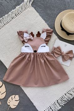 Baby Dress Design, Baby Girl Dress Patterns, Baby Clothes Patterns, Cute Baby Clothes, Girls Fashion Clothes, Baby Girl Fashion, Kids Fashion, Frocks For Girls, Little Girl Dresses