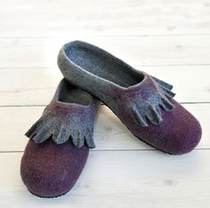 Felted wool women slippers natural gray with dark ♡ by APFeltStudio
