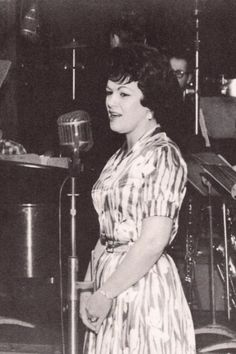 Patsy Cline honky tonk queen