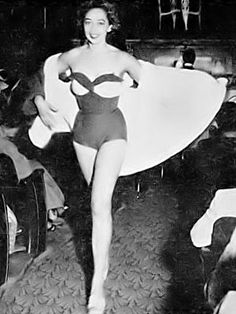 Dorothea Towles, 1950, first top black model to work in Paris.