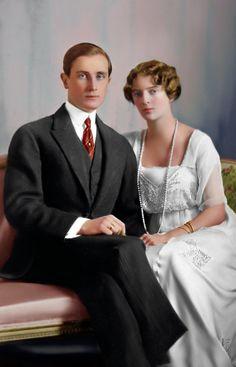 empress-alexandra:  Princess Irina Alexandrovna of Russia with her fiance Prince Felix Yusupov, 1914.