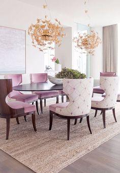 Das perfekte Esszimmer für ein glamouröses Ostern > Ostern ist schon dieses Wochenende und Sie müssen das perfekte Esszimmer haben!   esszimmer   innenarchitektur   wohndesign #designinspirationen #einrichtungsideen #luxus Lesen Sie weiter: http://wohn-designtrend.de/das-perfekte-esszimmer-fuer-ein-glamouroeses-ostern/