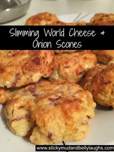 Healthy Meals Who said diets had to be boring? Check out these delicious Slimming World Cheese and Onion Scones. Syn free as H/E - Who said diets had to be boring? Check out these delicious Slimming World Cheese and Onion Scones. Syn free as H/E Slimming World Vegetarian Recipes, Slimming Recipes, Healthy Recipes, Healthy Options, Veggie Recipes, Chicken Recipes, Snack Recipes, Slimming World Cake, Slimming World Desserts