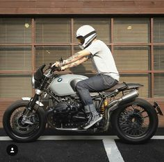 hat's your dream bike? A sexy BMW R nineT from 💯 Custom Bmw, Custom Cafe Racer, Cafe Racer Bikes, Cafe Racer Motorcycle, R Nine T Scrambler, Bmw Scrambler, Nine T Bmw, Suv Bmw, Gs500