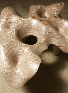 Sculptures Cha Jong Rye Sculptures Cha Jong Rye The post Sculptures Cha Jong Rye appeared first on Wood Ideas. Plywood Art, Plywood Table, Parametrisches Design, Wood Design, Cnc Wood, Wooden Wall Art, Wood Wall, Wood Carving Art, Wood Carving Designs