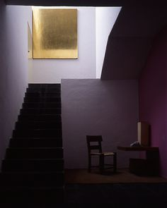 Mexico City is a real treasure of architecture. One example is the house and studio of Luis Barragan, one of the most famous architects of the century. Led Shop, Gold Leaf Art, Led Stripes, Going For Gold, Gold Diy, Gold Paint, Decoration, Interior Inspiration, Color Inspiration