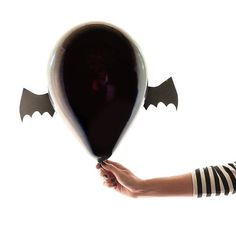 Halloween Balloons by Design Improvised   Photo by @arg_photos