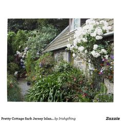 Pretty Cottage Sark Jersey Islands. Puzzle