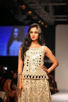 Sonal Chauhan Hot Pics at Lakme Fashion Week