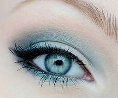 soft blue makeup for blue eyes