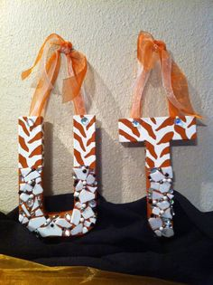 UT Austin Decorative Wall Letters     Pinned by: http://high5collegeclub.com