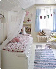 little girl room via Little Emma English Home
