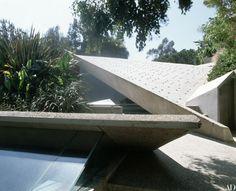 LACMA Acquires John Lautner's Sheats-Goldstein House Photos | Architectural Digest