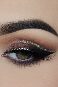 30 Forever Gorgeous Wedding Eyes Makeup Ideas ❤ wedding eyes makeup smoky cat eyes with gloss arrows miaumauve via instagram ❤ See more: http://www.weddingforward.com/wedding-eyes-makeup/ #weddingforward #wedding #bride #weddingmakeup #weddingeyesmakeup