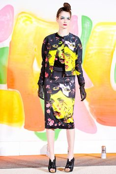 See the complete Manish Arora Fall 2012 Ready-to-Wear collection.